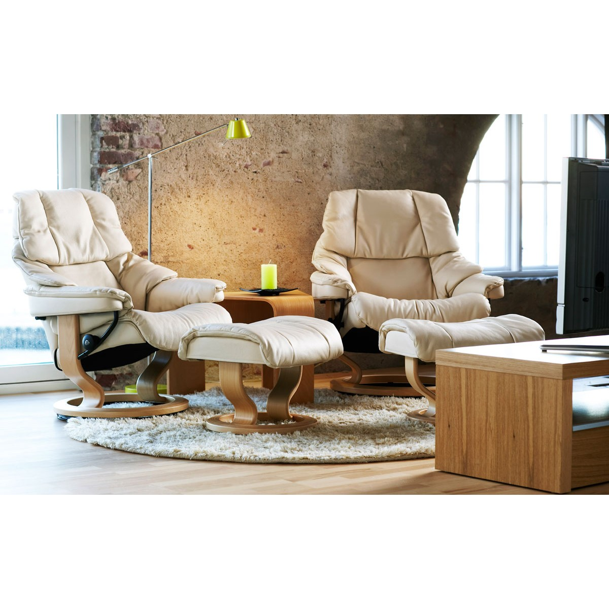 Stressless reno large recliner ottoman from 2 by for Furniture 4 less las vegas