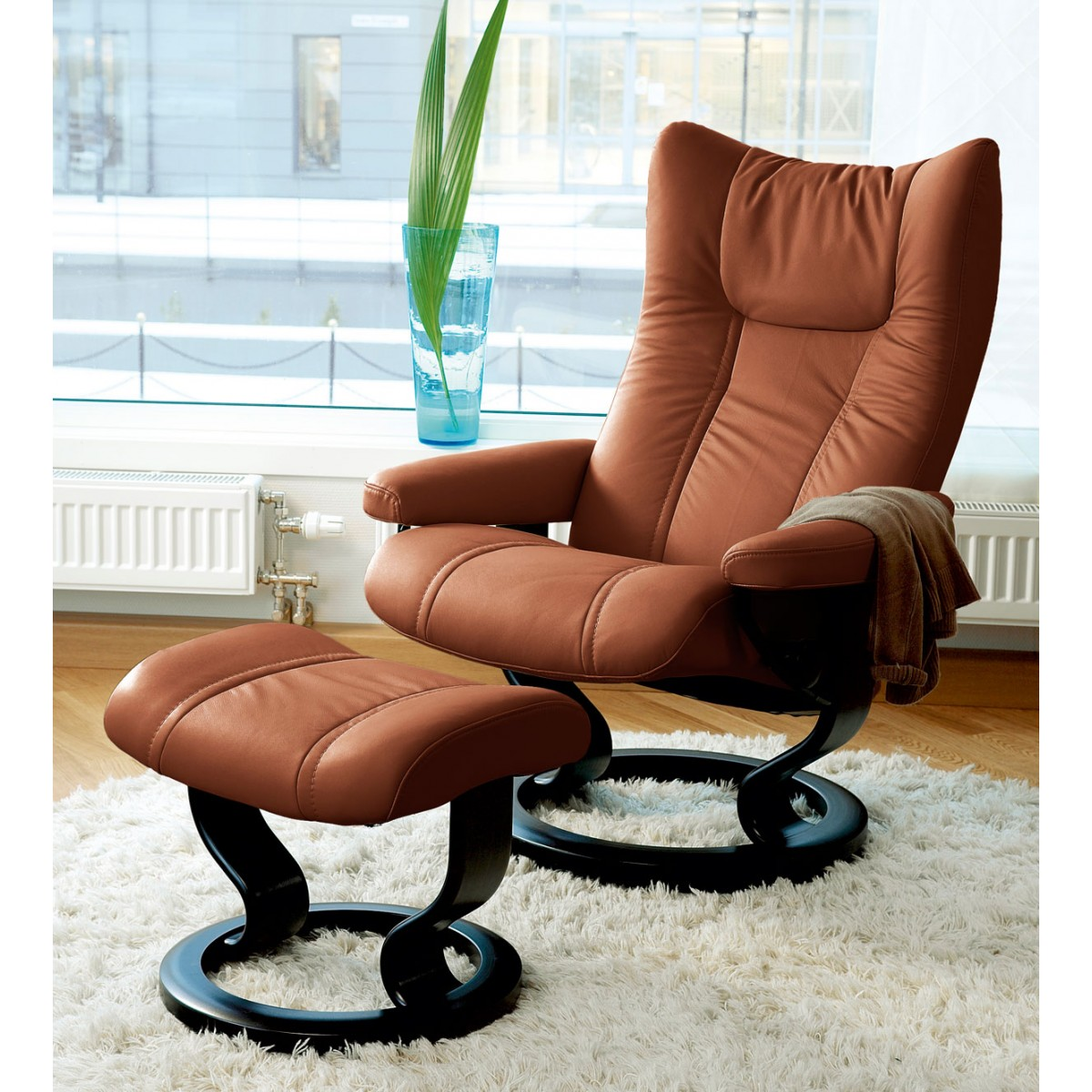 Stressless Wing Medium Recliner Amp Ottoman From 2 495 00